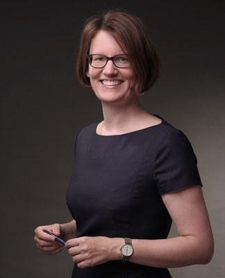Dr. Annette Rogge